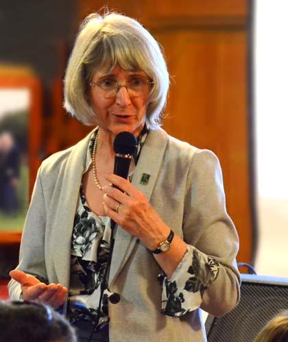 Eugenie Scott, Skeptic Café - April 2012