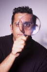 simon photo magnifying glass