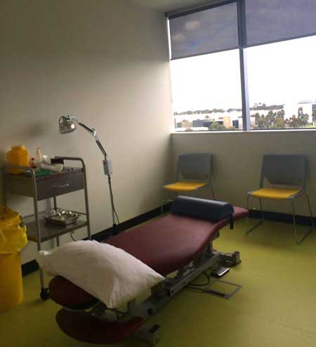 Cupping and acupuncture treatment room. Building 30